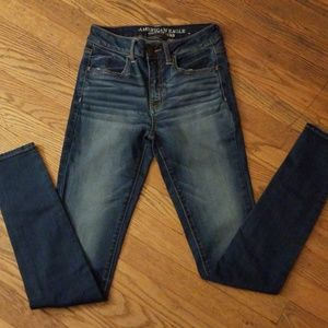 Women American eagle jeans sz 2Long